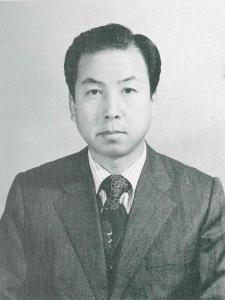 제4대 허윤석 교장선생님