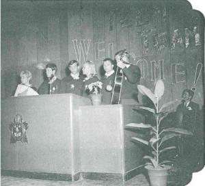 십대 선교단원들